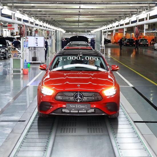 增班次、加工时 北京奔驰两工厂预计提升45%产能