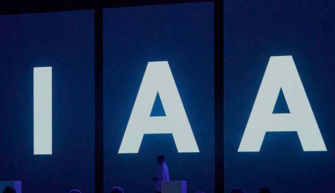 IAA11.jpg