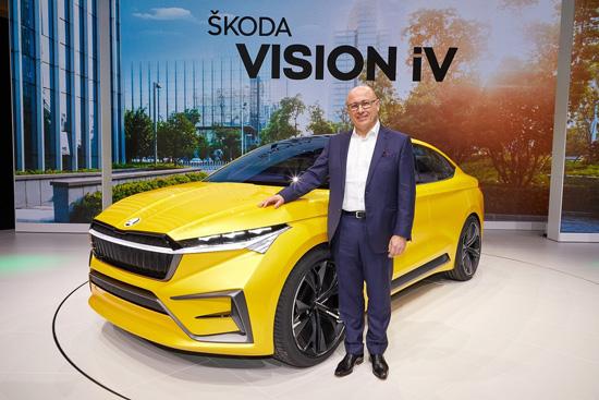 新闻图片1:斯柯达VISION iV概念车在日内瓦车展首秀.jpg