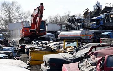 哈尔滨销毁341台黄标车和无路权车