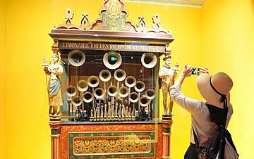 故宫博物院首次在地方设分馆 多件清宫旧藏亮相