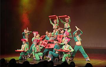 三家中国文艺团体布达佩斯奉上精彩演出