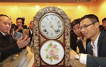 """""""时光的印记""""钟表展亮相温州"""