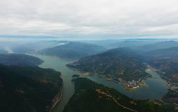 瞿塘峡美景依旧如画
