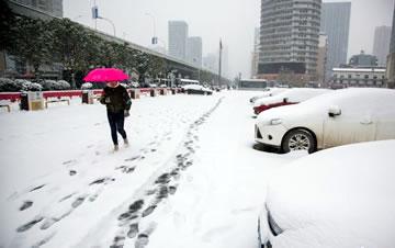 武汉降下今冬首场大雪