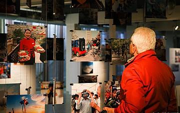 """""""千亿像素看中国--城市与人""""互动主题展在罗马举行"""