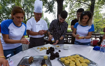 体验中国澳门威尼斯人在线娱乐 迎接中秋佳节