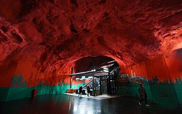 """走进""""地下艺术长廊""""――瑞典斯德哥尔摩地铁"""