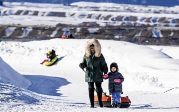 乌鲁木齐:冬季旅游热