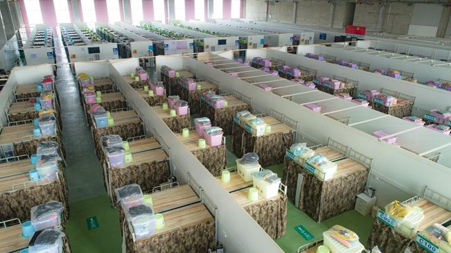 武汉:青山楠姆方舱医院即将收治患者