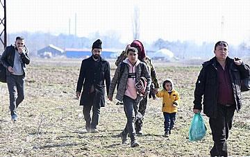 """土耳其正式""""开闸""""放难民入欧洲"""