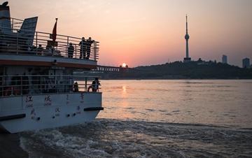 武汉:春暖花开 扬帆起航