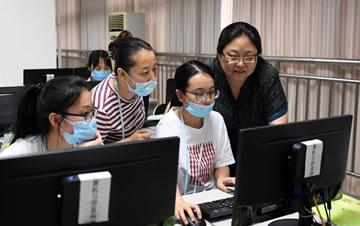 重庆市高考阅卷有序进行