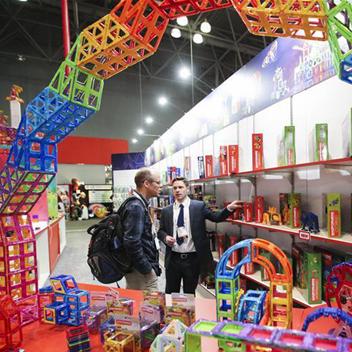 北美玩具展举行