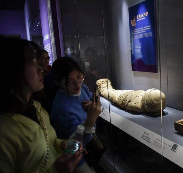古埃及文物济南展