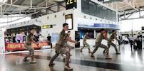 """重庆机场""""现场教学""""航空安全知识"""