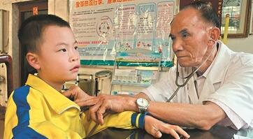 77岁老村医:从医六十载 年诊上万人