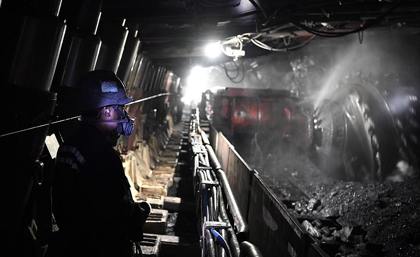 从地下600米,到燃烧1000摄氏度--电煤的供应之旅