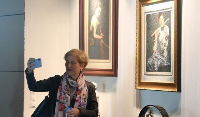bet体育365官网:刺绣展在安卡拉开幕