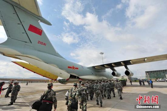 至成都双流机场,1架伊尔-76飞机调机至昆明长水机场
