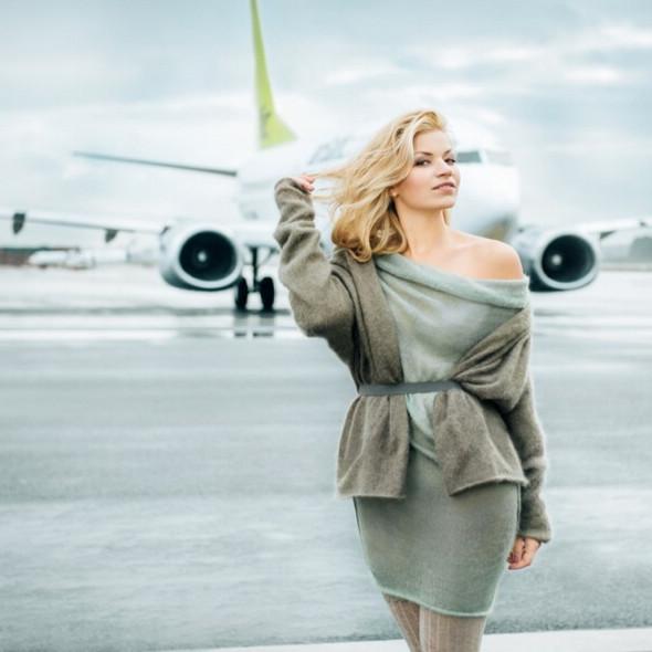 拉脱维亚航空公司推出美女空姐新年挂历(图)