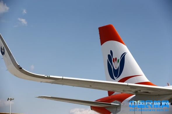 云南红土航空首架飞机12月22日抵昆(图)