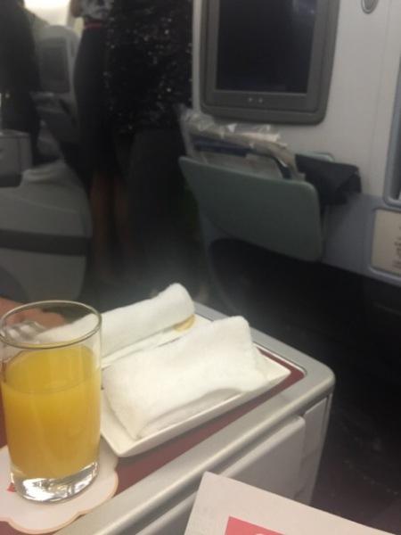 飞机上氧气面罩脱落事件屡见不鲜