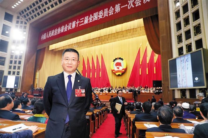 万捷委员:艺术品交易市场需强力整治