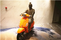 QC1811064西安兵马俑骑摩托旅游张羽街景建筑_副本.jpg