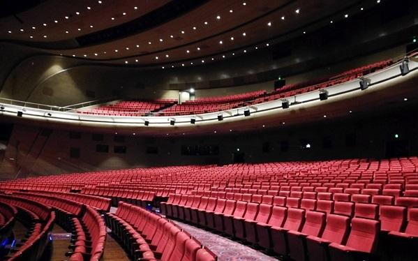 DF1811075青岛东方影都电影院观众席宋雅静产业市场休闲娱乐.jpg