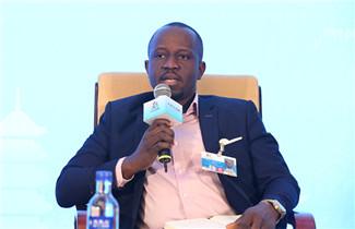 尼日利亚副总统创新创业特别助理 伊夫。阿德巴约_副本.jpg