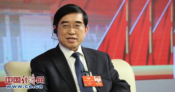 全国政协委员、重庆市政协副秘书长王济光