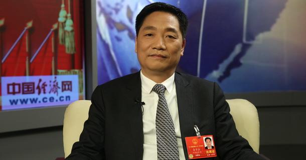 全国人大代表、中信重工机械股份有限公司党委书记、董事长俞章法