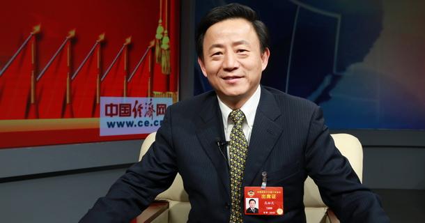 全国政协委员、上海海关关长高融昆