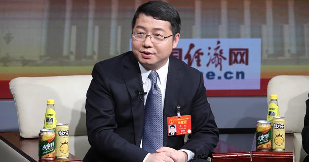 全国人大代表、六盘水市市长李刚