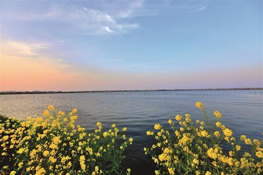 卸甲坪马尾峡   图为:松西河   图为:春到小南海   图为:洈水风景区