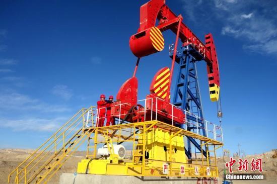 青海油田唯一一个年产百万吨的尕斯油田,已连续稳产百万吨24年。<a target=