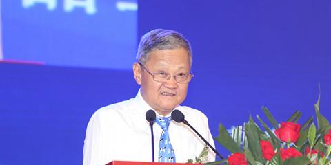 中国乳制品工业协会理事长、国际乳品联合会(IDF)中国国家委员会主席吴秋林
