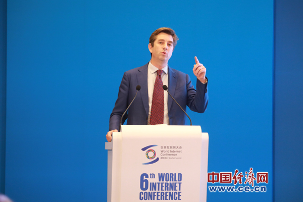 全球独角兽胡润榜单发布:中国206家位列第一 创始人平均年龄40岁