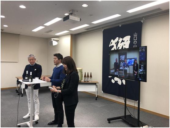 阿里钉钉发布海外版DingTalk Lite 支持繁体中文、英文、日文等多种文字和语言
