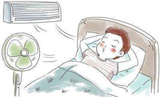 而变频空调可根据房间冷(热)负荷的变化自动调整压缩机的运转频率。在达到设定温度后变频空调会自动以较低的频率运转,不会像定频空调一样关闭压缩机,保持一个比较稳定的工作状态,避免了室温剧烈变化所引起的不适感。   变频和定频空调最大的区别就是产品在压缩机上的运用原理不同。变频产品的压缩机能够根据室内负荷的大小自动调节输出功率,而定频产品则需要在人为的情况下进行空调冷热的开关机调节。   再就是我们一直都能听到,变频空调省电,为啥变频就省电了呢?   上面我们说到,变频和定频空调最大的区别就是产品在压缩机