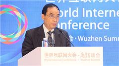 澳门互联网文化协会会长黎世祺发表主旨演讲。_副本.jpg