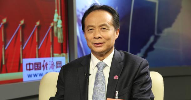 全国人大代表、四川好医生药业集团董事长耿福能