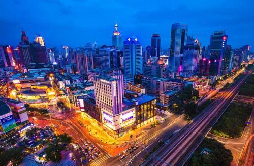"""中国GDP""""万亿俱乐部""""城市扩容"""