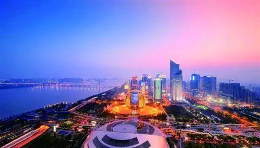 为何经济界人士持续看好中国?
