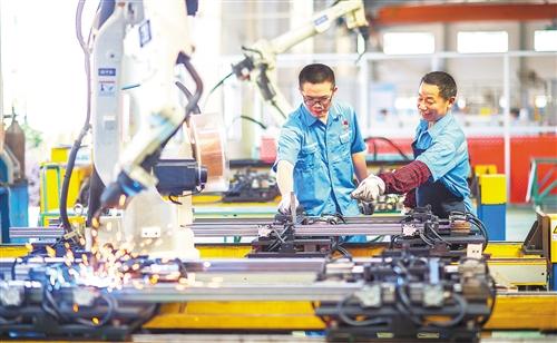 工业企业利润同比由负转正 经济加速回归正轨