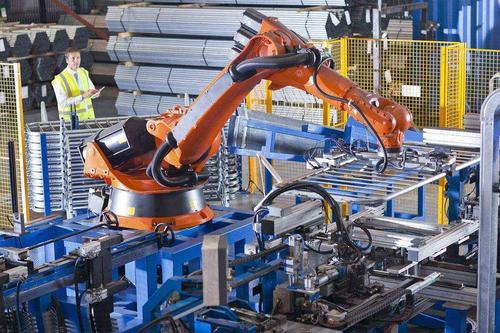 央行:确保新增融资重点流向制造业、中小微企业