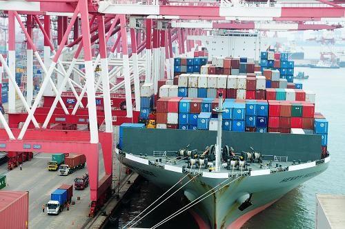 """""""十三五""""中国印象:货物贸易规模多年位居世界第一"""