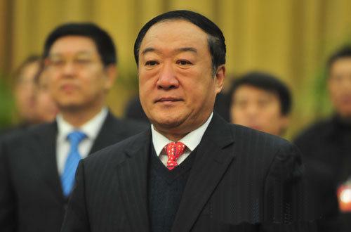 苏荣受审:收受1.1亿,8千万财产来源不明