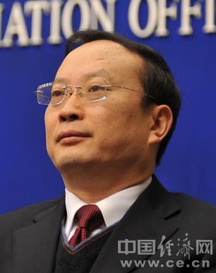 检察机关依法对王保安、李成云两案提起公诉(图/简历)